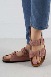 Cara Suede sandal i Rose fra Shoe The Bear