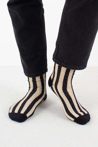 Vertical Stripes Socks i Black/Light Gold fra Pico 1