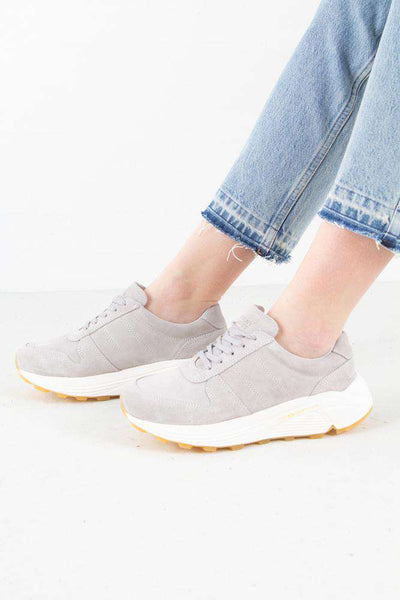 Bailey Runner - Grey suede fra Garment Project