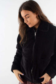 Salla outerwear - Black fra Moves by Minimum 1