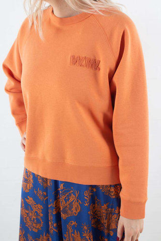 Dusty Orange Jerri Sweatshirt fra Wood Wood