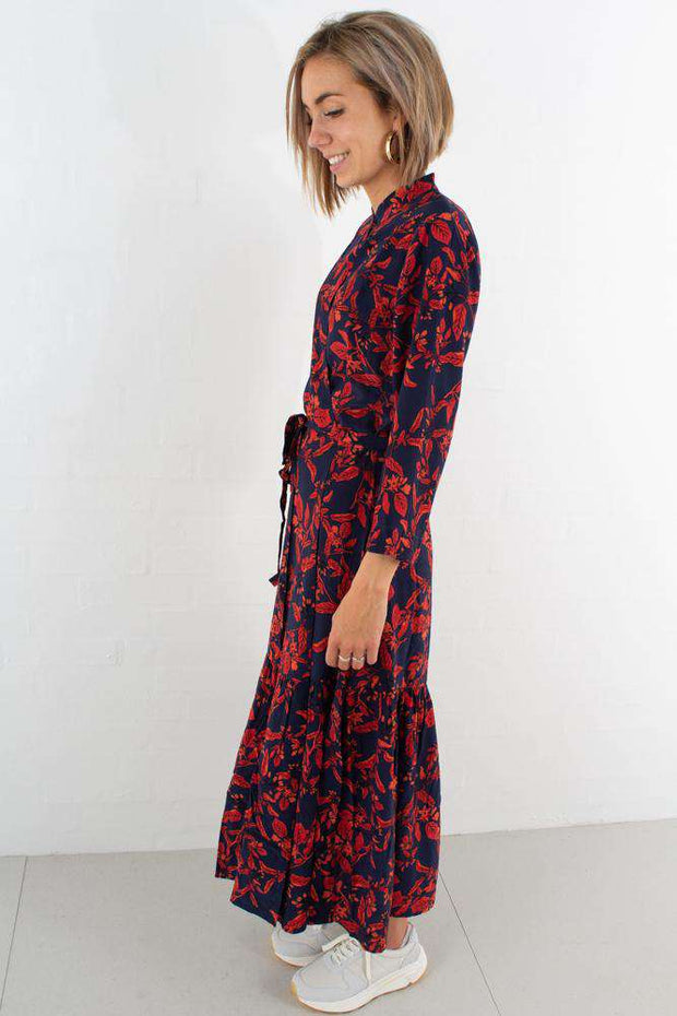Raida Long Dress - Red Flower fra Gestuz - fra siden