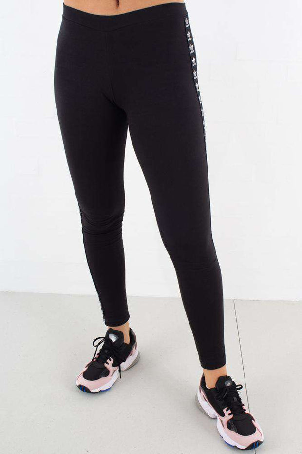 Trf Tight i Black fra Adidas Originlas - front