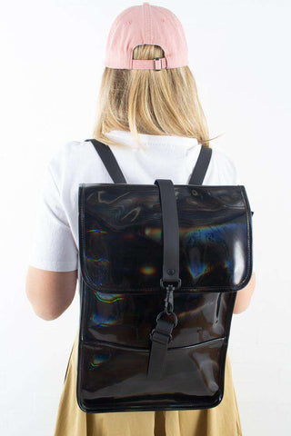 Holographic Backpack Mini Black I sort fra Rains 1