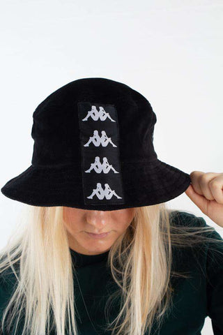 Authentic Ayumen Bucket hat - Black/white Fra Kappa