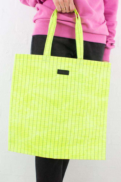 Large Tote Waxed - Neon Yellow fra Núnoo