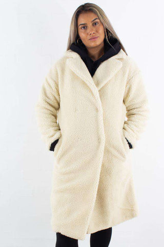 Big Collar Teddy Coat Offwhite fra NA-KD - front 1