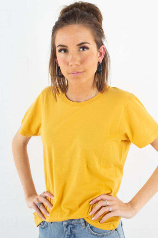 Light Organic Tee - Burned Yellow fra Colorful Standard