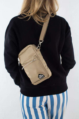 Rena Shoulderbag -  Light khaki fra Wood Wood model