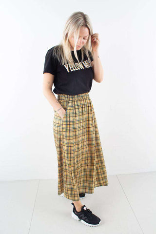 TjekkeGZ skirt i Yellow Check Print fra Gestuz