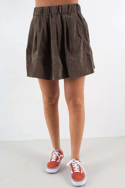 Kia corduroy skirt - dusty olive fra Moves by Minimum