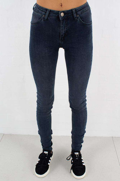 Nicole Blue Fade - Jeans fra 2ND ONE - front