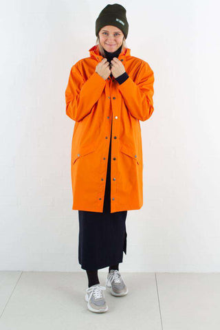 Long jacket - Fire Orange fra Rains Journal