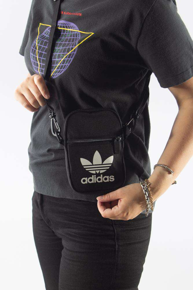 Fest Bag - Trefoil EI7411 - Adidas Originals - Sort One Size