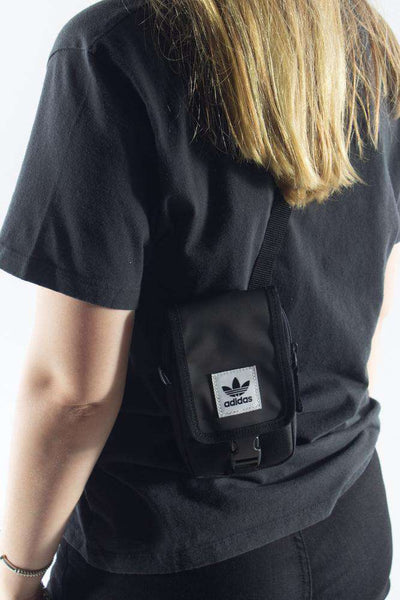 Map Bag Black DU6795 sort taske Adidas Originals