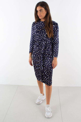 Molly Dress - Navy fra Résumé