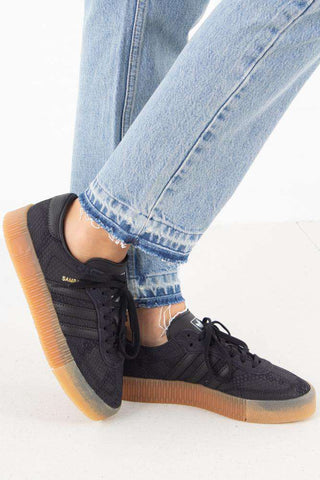 Sambarose W B28157 - Core Black fra Adidas Originals