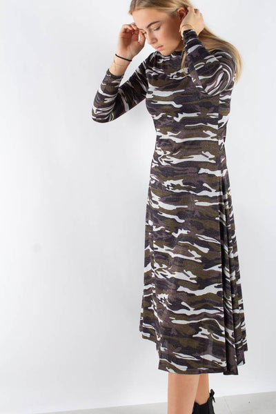 Paris Dress - Camouflage - Résumé Qnts