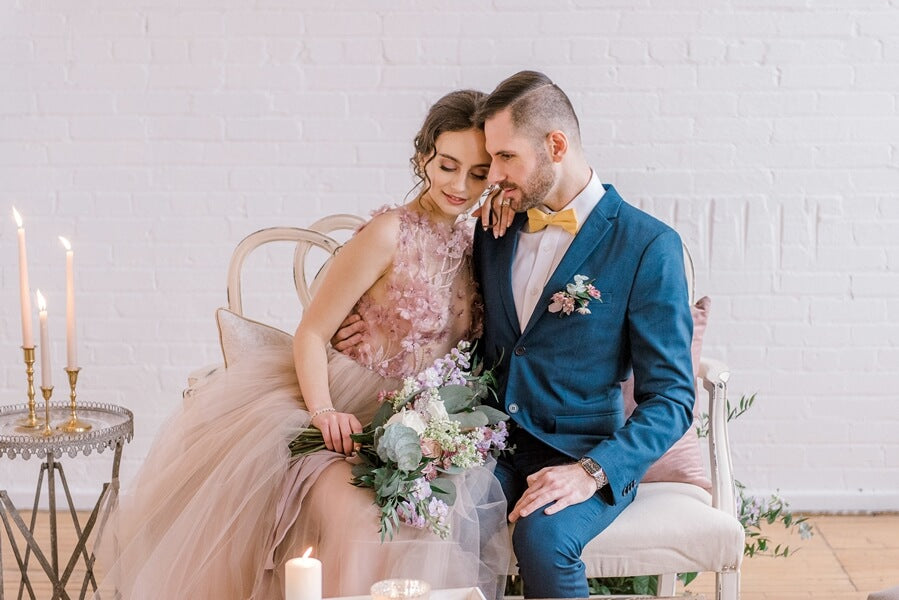 An Incredibly Dreamy Mauve Inspired Styled Shoot