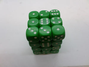36 x d6 Opaque Green/white
