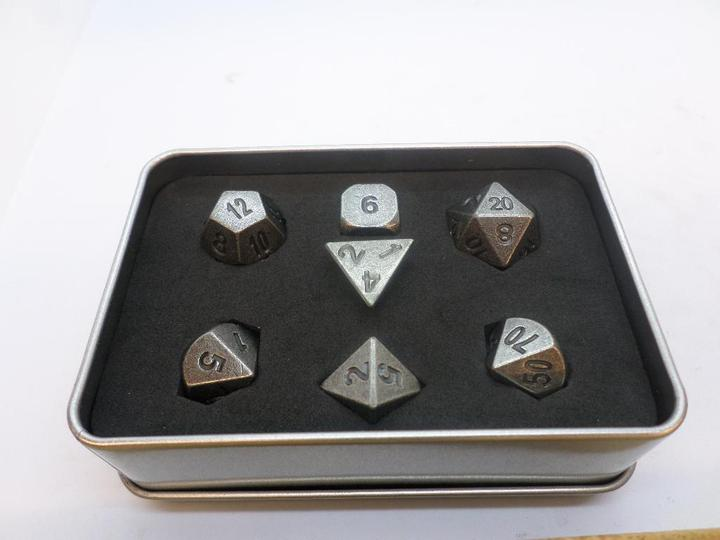 Metal Dice Set With Metal Box - Iron