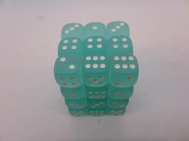 36 x d6 Frosted Teal/white