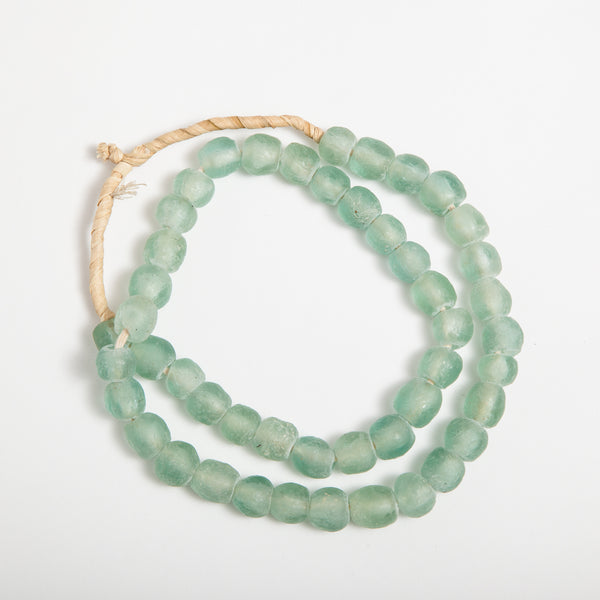 Hom & Co | Aqua recycled glass beads