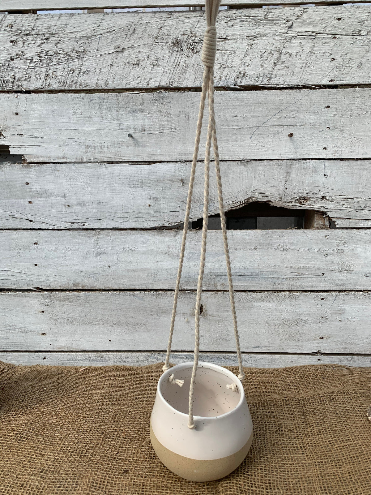 Cream and sand hanging pot