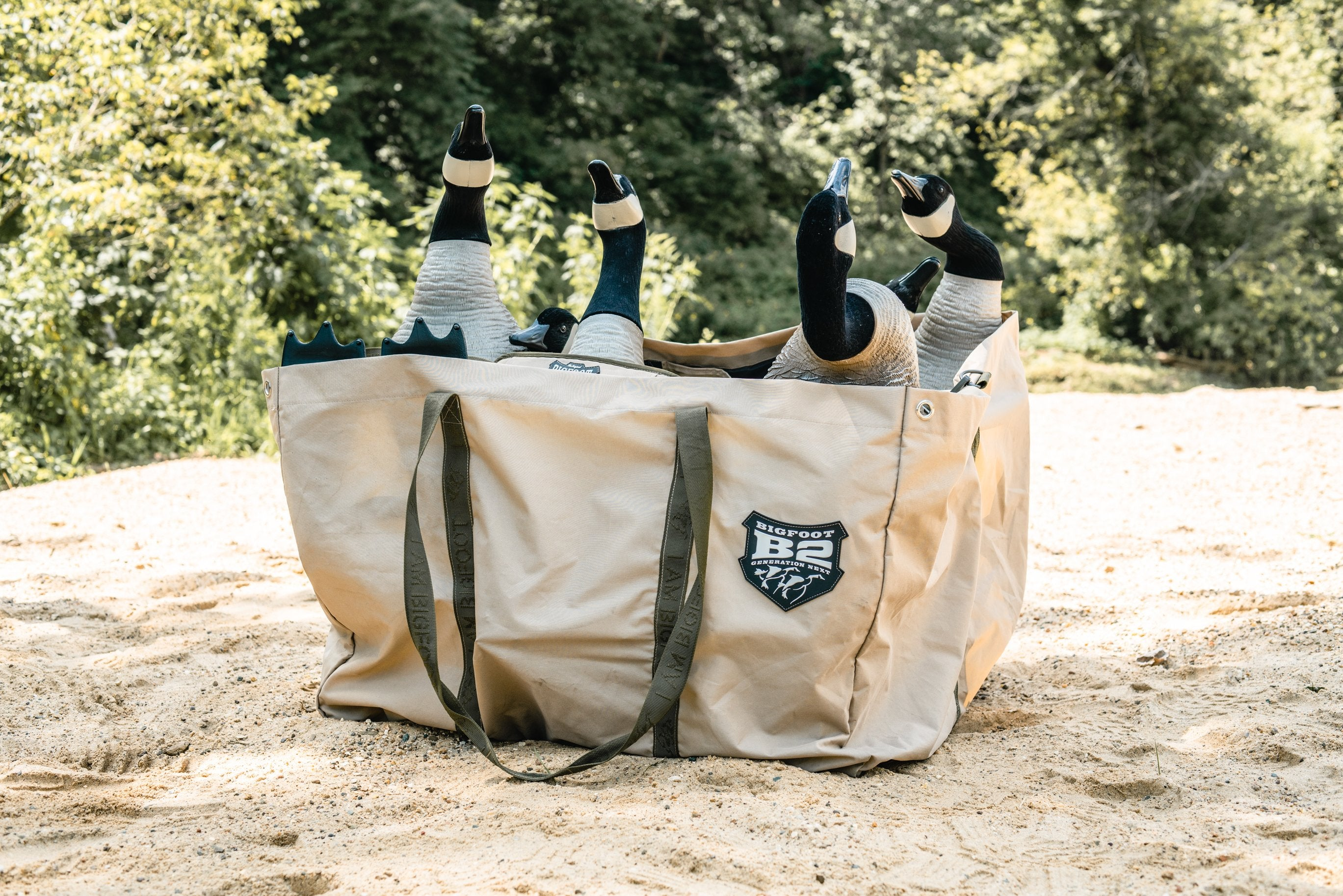 B2 6-Slot Decoy Bag with B2™ Fully Flocked Variety Goose Decoys 6 Pk.