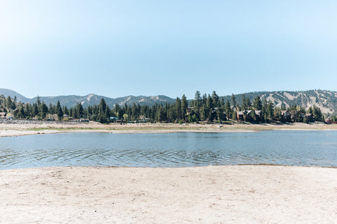 Modish Wanderer - The Wanderer's Guide To Big Bear Lake CA