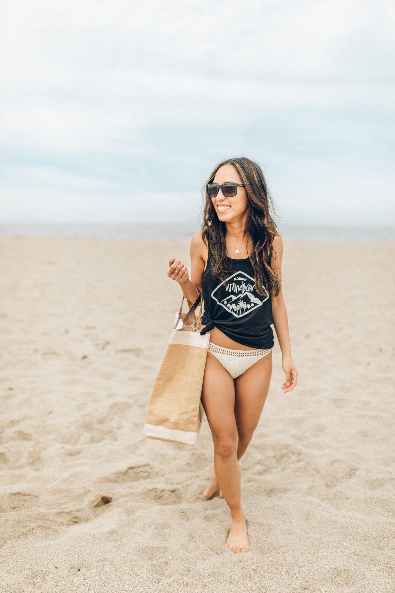 Modish Wanderer Nā Pali Black Tank Top