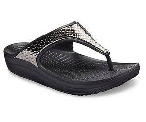 Crocs Sloane MetalTxt Flip Wedge Gun/ Black