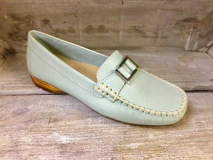 Globo Kingsbridge Aqua Womens Casual Comfort Leather Loafers