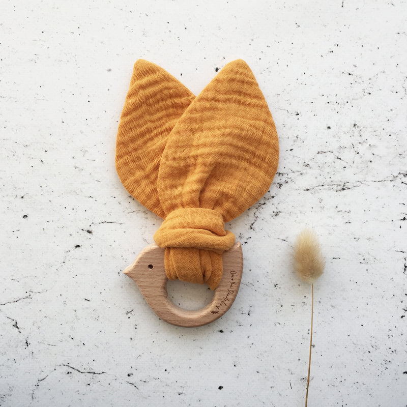 Organic muslin Birdy teether