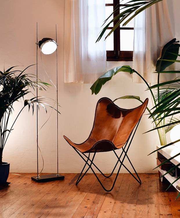 Halley R-Lamp in a Born apartment 03