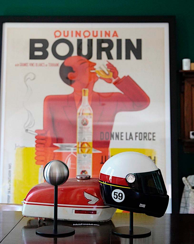 Halley_Helmet_Stand Nexx Quinquina Bourin Poster