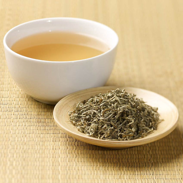 White Tea and 10 Amazing Benefits
