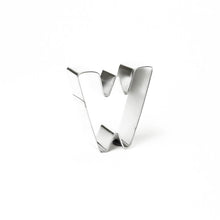 "Load image into Gallery viewer, Cookie Cutter - Letter ""W"" 7cm"