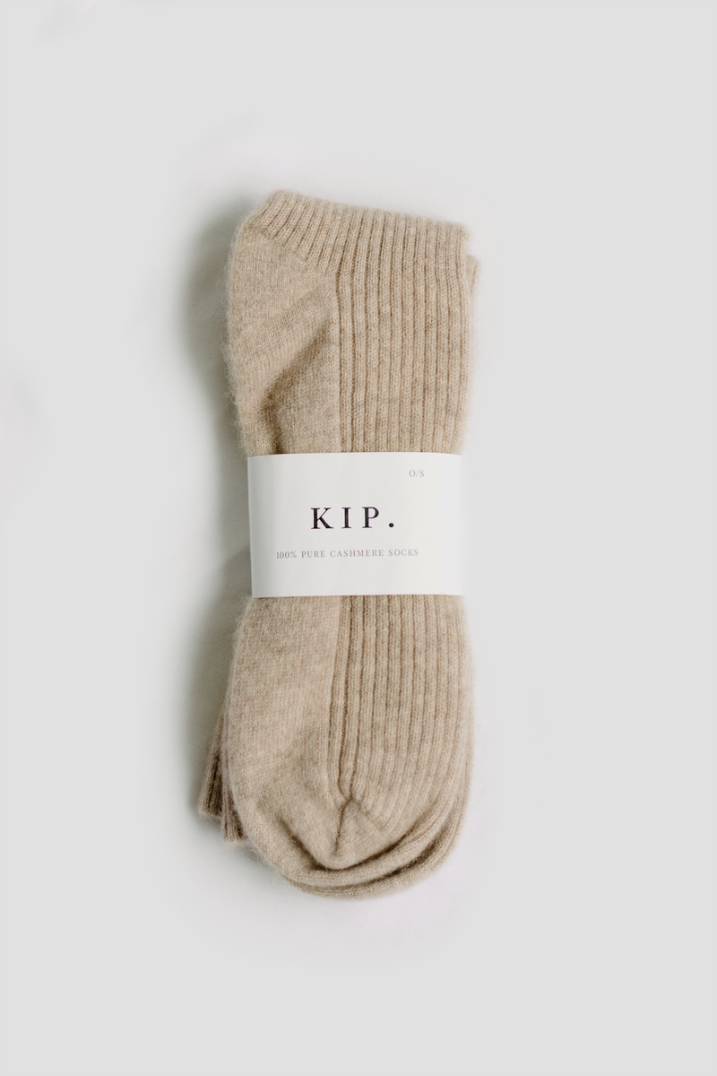 Cashmere Sleep Socks in Taupe