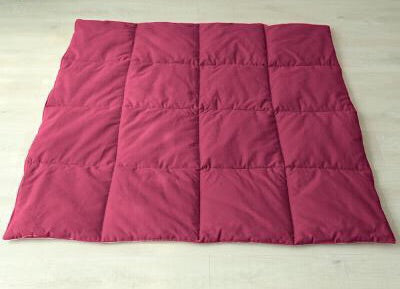 Dual Sided Square Mat in Rose and White