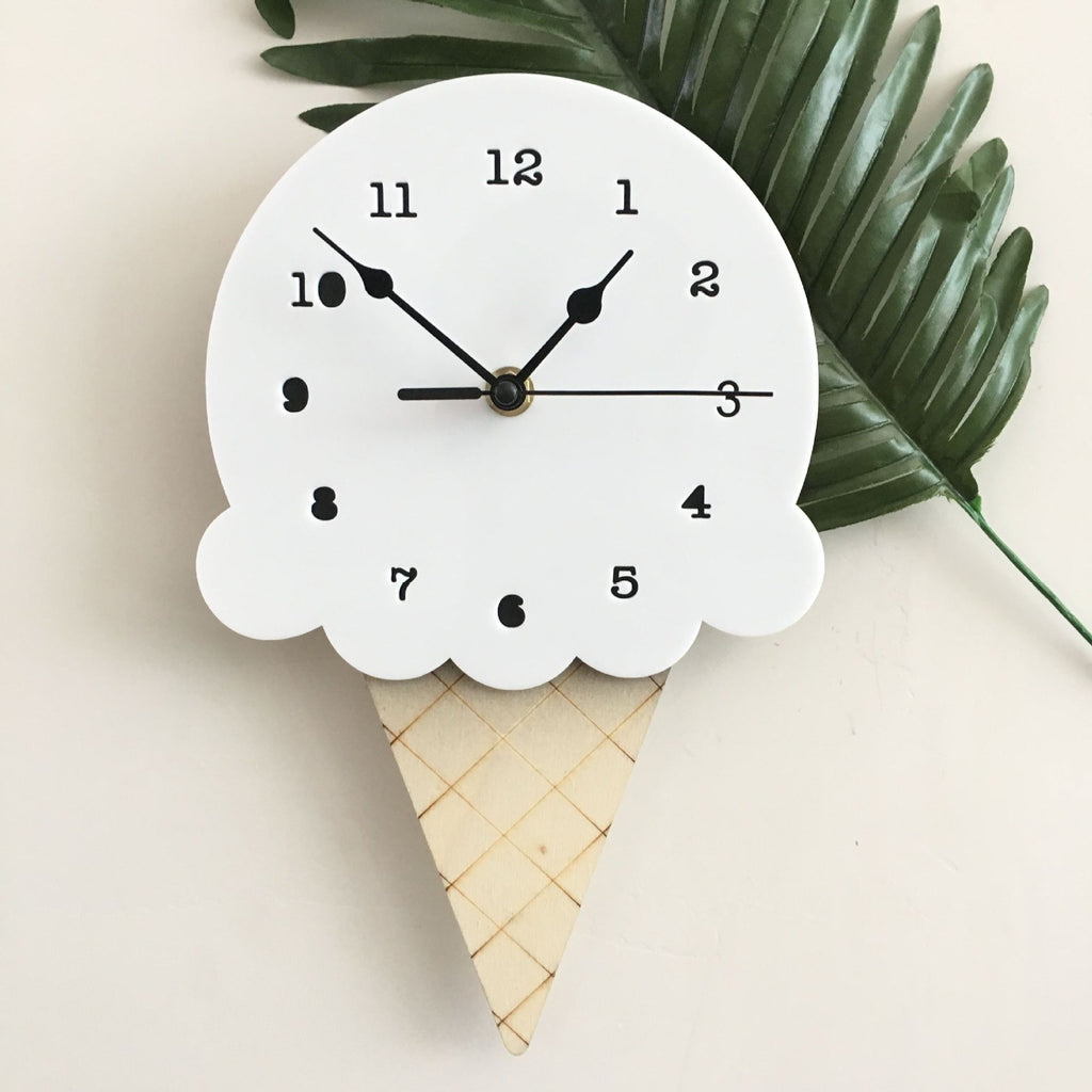Ice Cream Clock in Vanilla