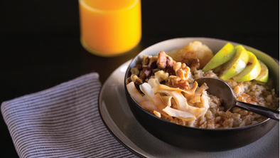 OATMEAL WITH APPLE SAUCE, APPLES AND WALNUTS