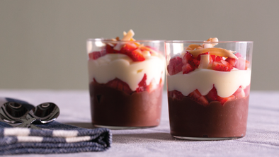 VANILLA & CHOCOLATE PUDDING PARFAIT