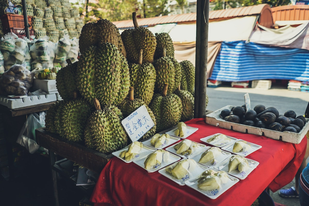 durian-at-market