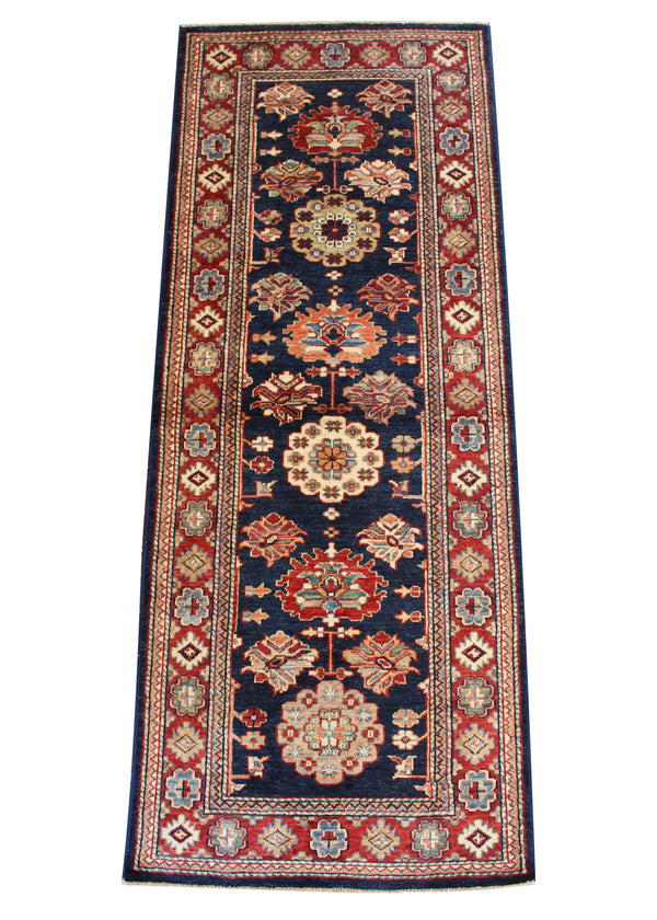 "2'6""x6'4"" Royal Kazak"