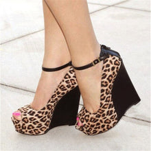 Load image into Gallery viewer, Leopard platform peep toe wedges