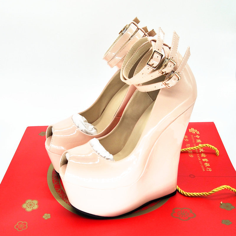 Ultra-high platform wedges - Thj Fashion Boutique