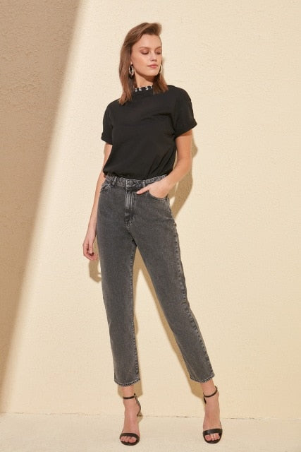 Trendyol High Bel Mom Jeans TWOSS20JE0021