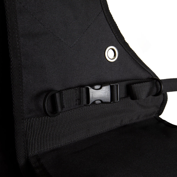 closeup of straps on insulated western saddle bag