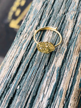 Charger l'image dans la galerie, One size fits all gold ring